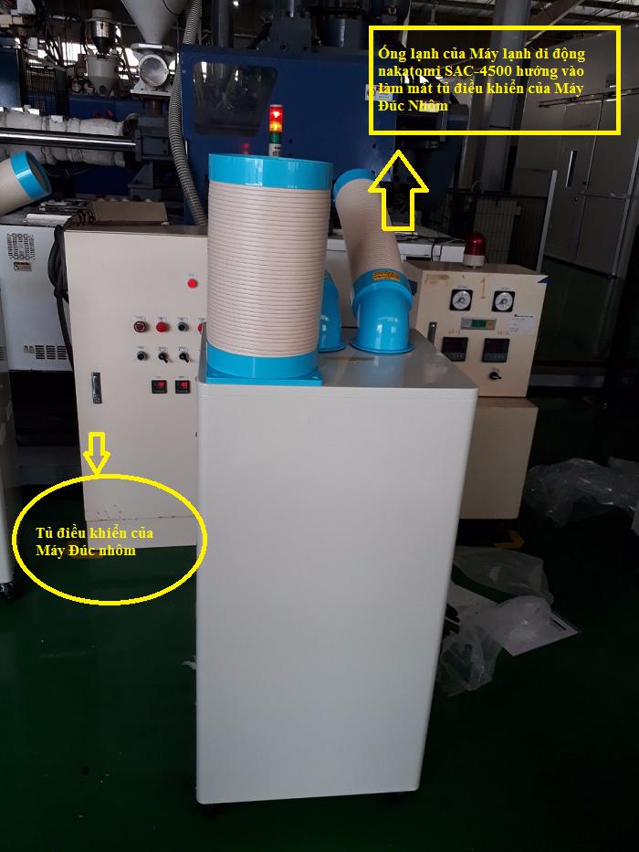 Lắp máy lạnh di động nakatomi SAC-4500 làm mát tủ điều khiển máy đúc